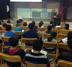Επίσκεψη του Θεοδόση Πελεγρίνη σε Διαπολιτισμικά σχολεία