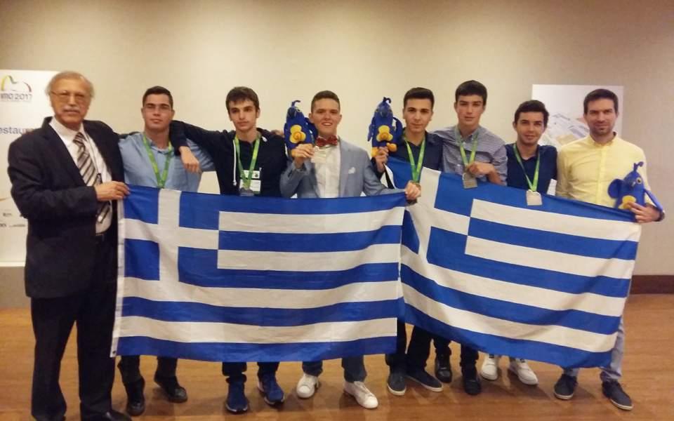 Ελληνόπουλα πρώτα στα Μαθηματικά στην Ευρώπη