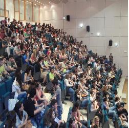 Ψαλίδι στο φοιτητικό επίδομα ζητούν οι θεσμοί